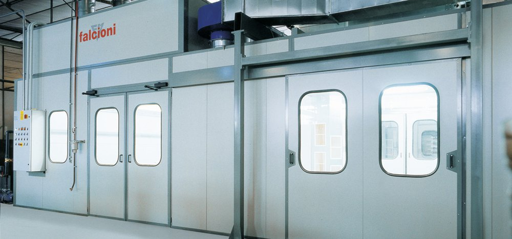 Pressurized booths and rooms